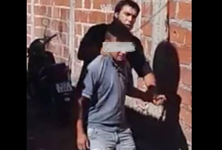 Este lunes, vecinos del barrio de Villa Argüello se comunicaron con BerissoCiudad para dar a conocer una situación vivida en el marco del presunto abuso sufrido por una menor.
