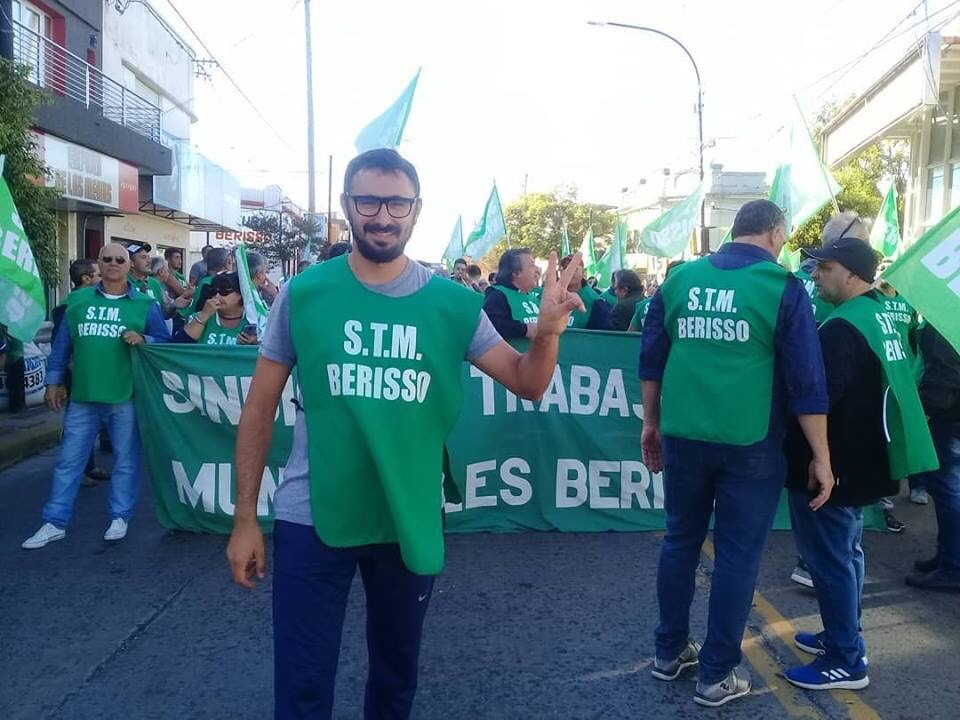 El secretario de Prensa del Sindicato de Trabajadores Municipales de Berisso, Santiago D'Elía, se refirió a la jornada de lucha que tuvo lugar este miércoles para reclamar una recomposición salarial acorde a la galopante inflación que castiga a los asalariados.