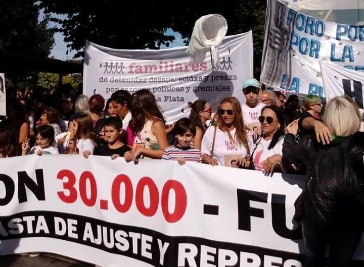En comunicación telefónica con BerissoCiudad en Radio, Rubén López, hijo del desaparecido en democracia Julio López, habló sobre la participación en los actos que se realizaron durante los últimos días en el marco del Día de la Memoria, y fundamentó el porqué de su no participación en la marcha de antorchas impulsada por el Partido Justicialista berissense.