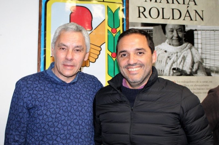 """Mincarelli pide a sus electores """"que voten para que Cagliardi sea el intendente que venga a ordenar Berisso"""""""