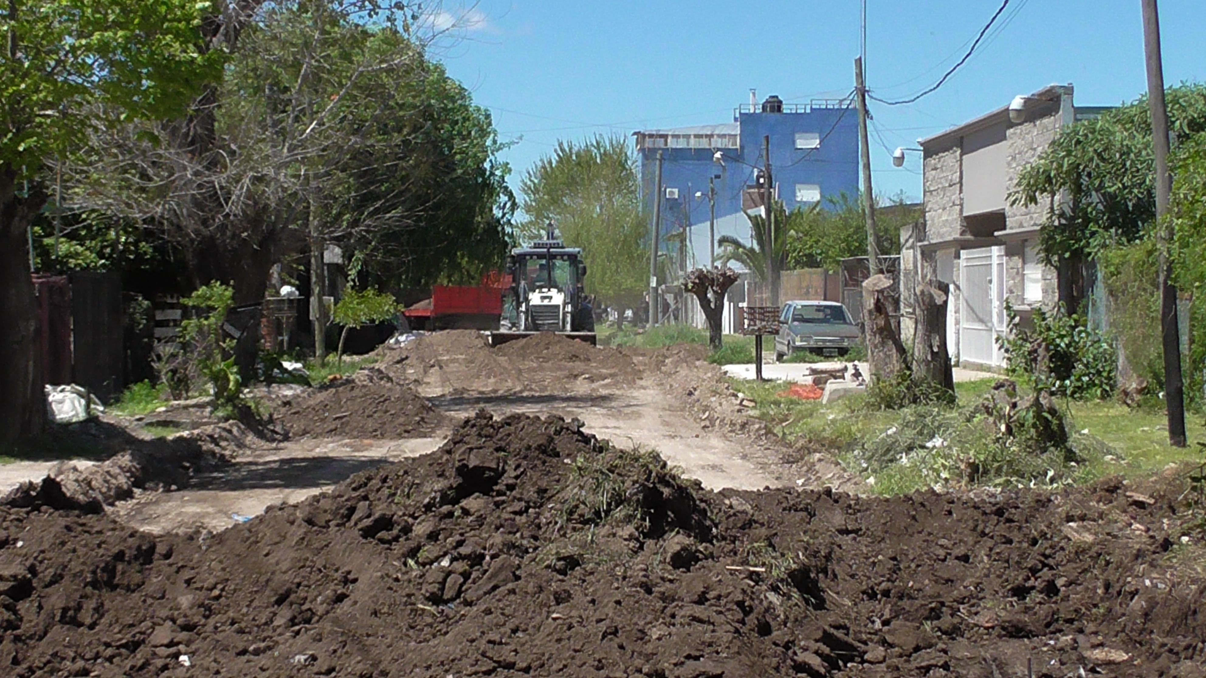 Trabajos de pavimentación en Villa Progreso