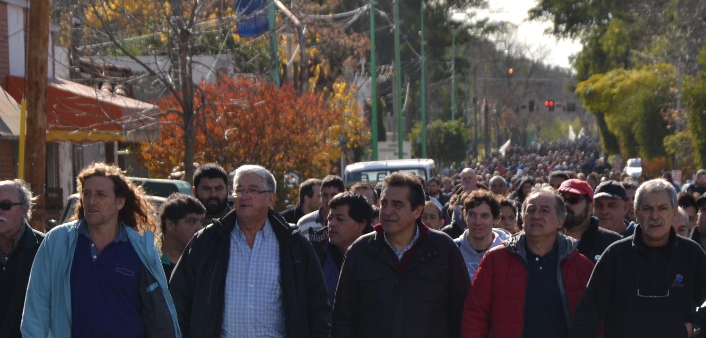 Astillero Río Santiago, uno de los más grandes y reconocidos de Latinoamérica,  afronta diversas inquietudes entre sus operarios debido a la falta de inversión y financiamiento  que perjudica el cumplimiento de contratos laborales.