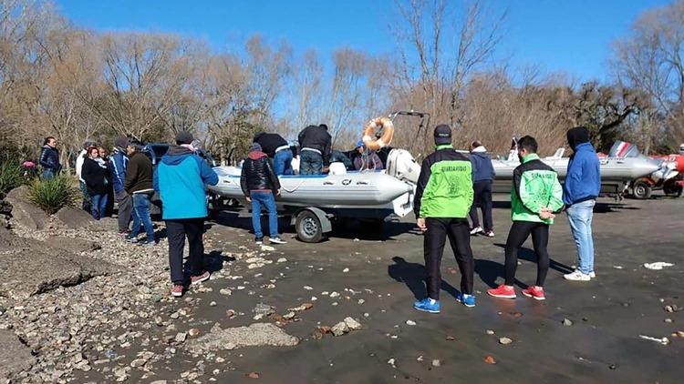 El operativo de búsqueda de los dos pescadores que desaparecieron hace nueve días en la zona de Punta Lara, partido bonaerense de Ensenada, culminó este domingo