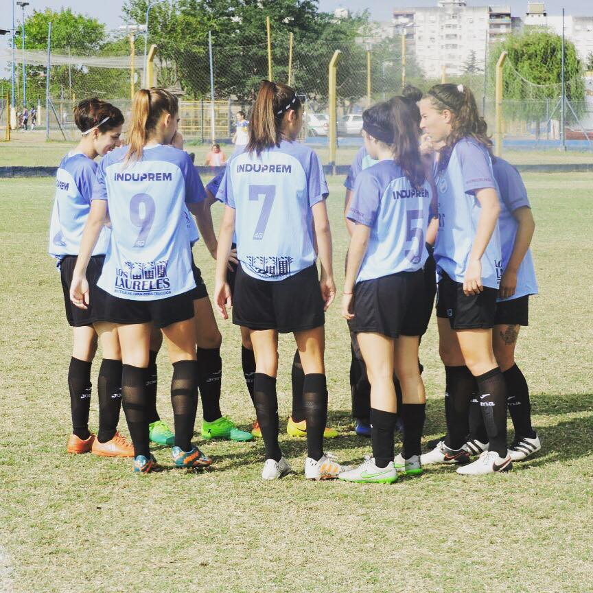 En entrevista con Cadena Radial NOVA, el director técnico del fútbol femenino de Villa San Carlos, Juan Cruz Vitale, actualizó la información acerca de la posible participación del equipo en la A.