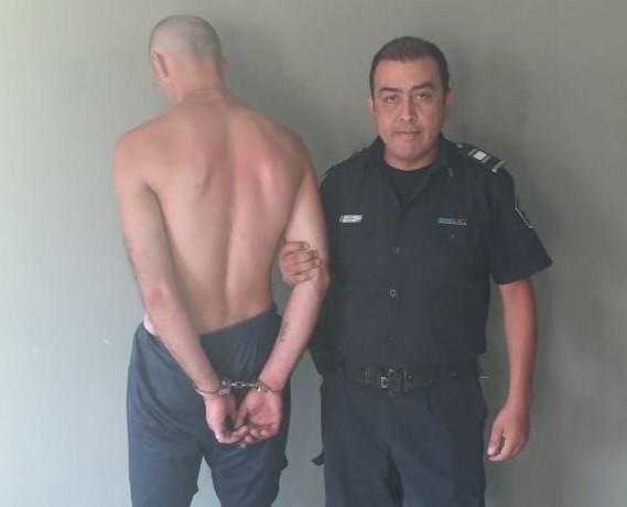 Robó un celular y terminó preso