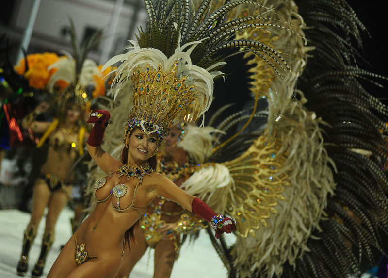 La Municipalidad de Ensenada realiza la edición 2018 de El Carnaval de la Región con la participación especial de KAMARR y con entrada libre y gratuita. Será el domingo 11 y el lunes 12 de febrero, desde las 20 horas, en calle La Merced.