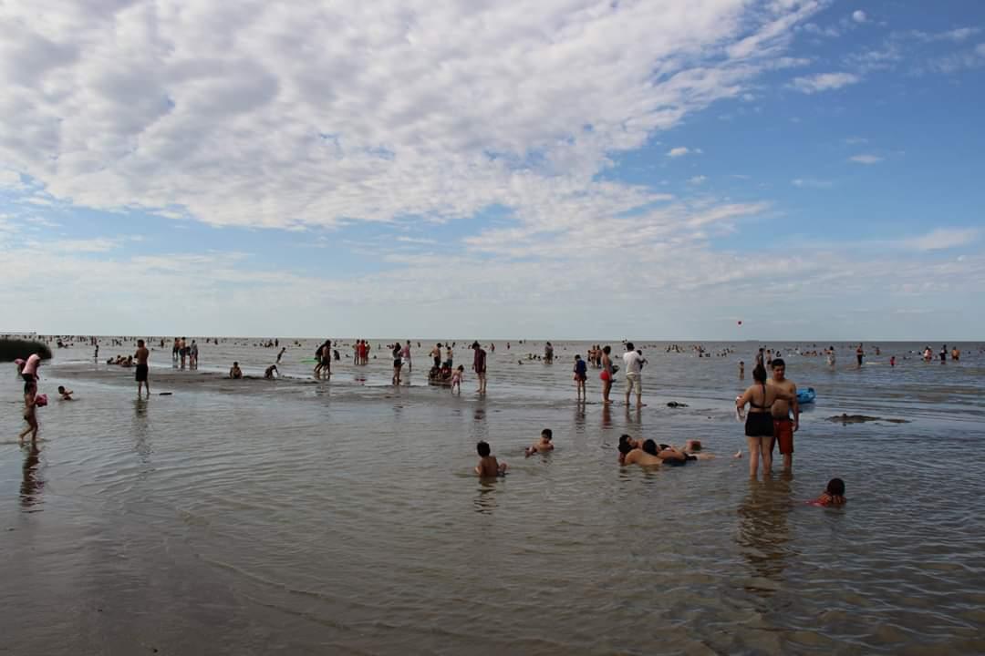 Punta Lara: Espectáculos, música y gastronomía en el arranque de la temporada