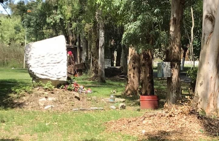 """Polémica: Franchi denunció """"tierra arrasada"""" en el Cementerio y recibió respuestas"""