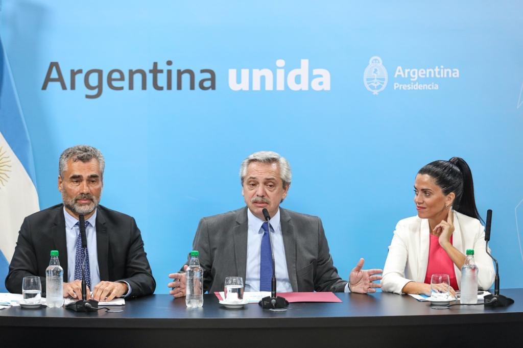 """Darío Luna: """"Se quiere disfrazar de solidario algo que en realidad es un ajuste"""""""