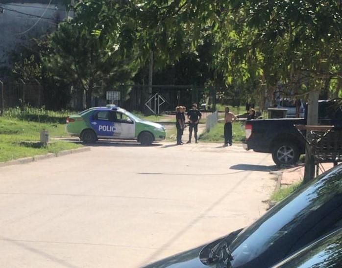 """Vecinos preocupados por la presencia de """"presuntos delincuentes"""" en 12 y 171"""