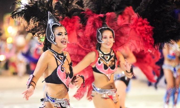 """Debido a la posibilidad de lluvias, se reprogramó la segunda noche de """"El Carnaval de la Región"""" para este martes 5 de marzo, desde las 20 en calle La Merced."""