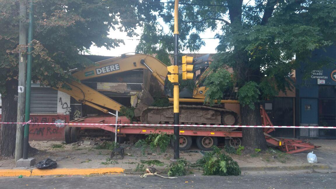 Este viernes, alrededor de las 9.30, desde el área de Defensa Civil se recibió un llamado informando de una colisión en las calles 60 y 124.