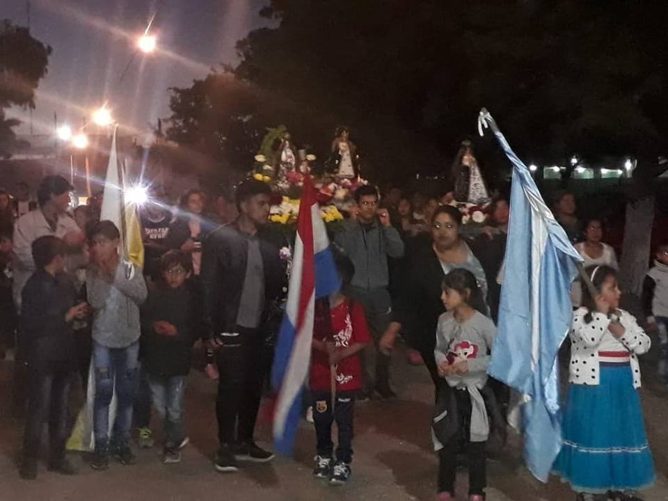 En el marco de los festejos del Día de la Virgen de los Milagros de Caacupé, la Colectividad Paraguaya de Berisso, en conjunto con el Equipo Pastoral Paraguayo en la Argentina (EPPA), organizó una serie de actividades que congregaron a miles de visitantes de toda la región.