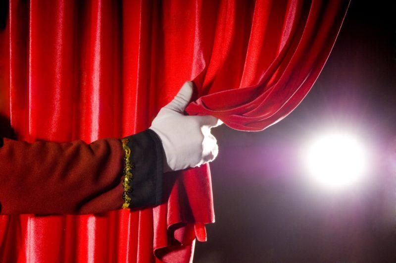 """El grupo de teatro de Casa de Cultura que dirige Nilda Arancibia presentará el cierre del taller el próximo sábado 24, a las 18 horas en el Salón Auditorio """"Raúl Iriarte"""", sito en Montevideo N° 821."""