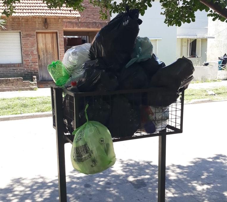 """""""La mugre no puede esperar"""": Preocupa la falta de recolección de residuos en Villa Argüello"""