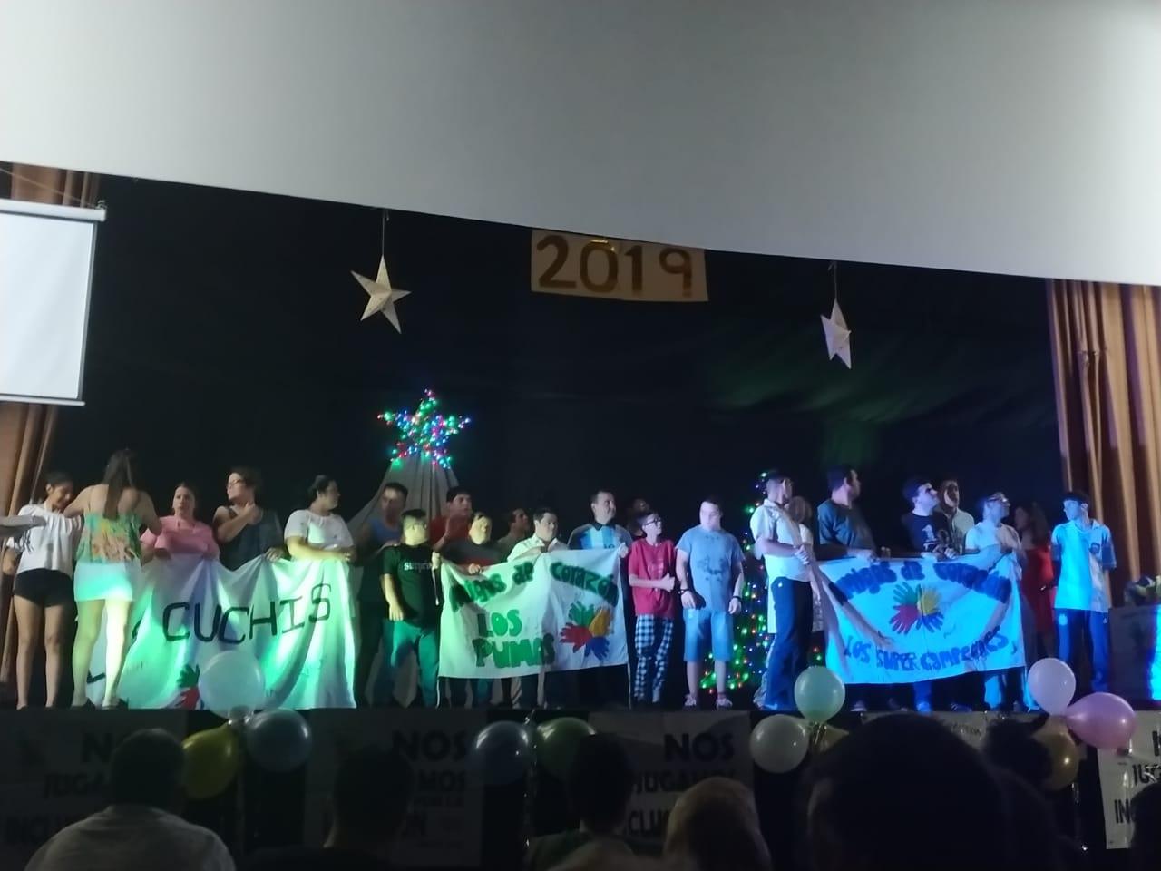 Amigos de Corazón protagonizó un show inolvidable