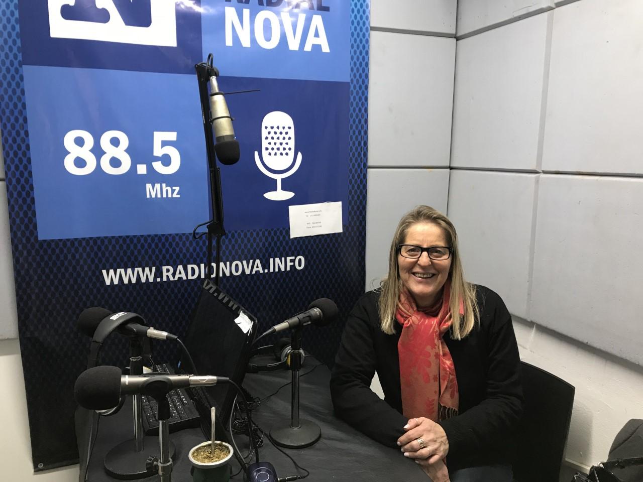 La presidente del Consejo Escolar, Elizabeth Franchi, se refirió en el aire de Cadena Radial NOVA a distintas cuestiones que atañen a la actualidad de su área y a la coyuntura política.