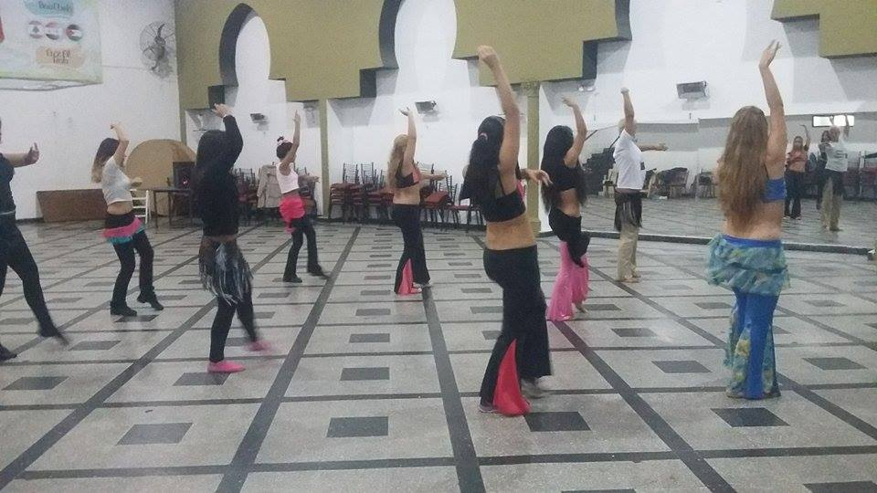 """La actividad se llevó a cabo en el Hogar Árabe de Berisso durante la tarde del domingo. Se trata de la presentación del reconocido bailarín internacional Max Daneri, quien ofreció un seminario especial de """"Derbake"""", un estilo de las danzas árabes."""