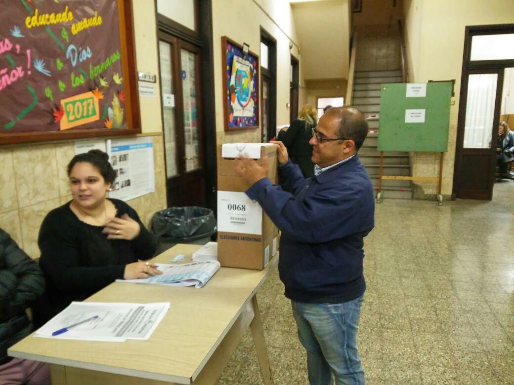 Luego de haber manifestado su intención de participar en las elecciones internas que se darán en el Partido Justicialista local, los hermanos Federico y Emmanuel Ruiz enviaron minutos después de vencerse el plazo para la presentación de las listas sus argumentos referidos a la no participación.