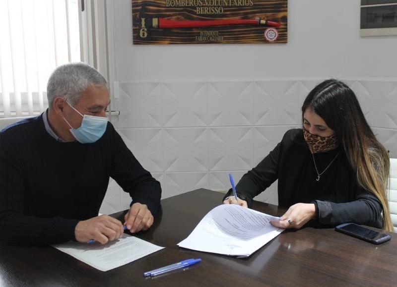 Fabián Cagliardi y Mara González.