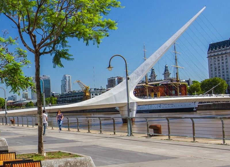Puente de la Mujer, una de las paradas.