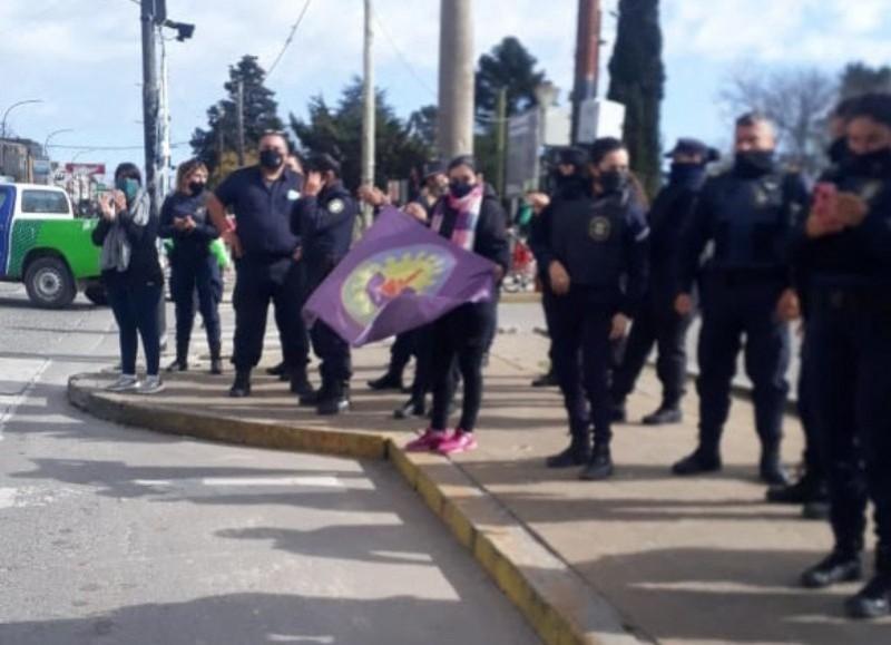 En nuestra ciudad fue una austera protesta.