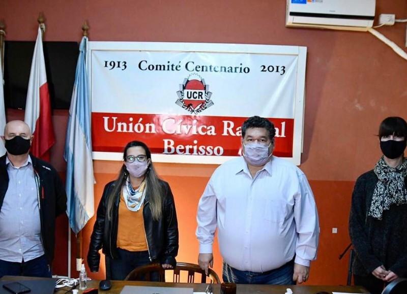 Asunción de las nuevas autoridades de la UCR local.