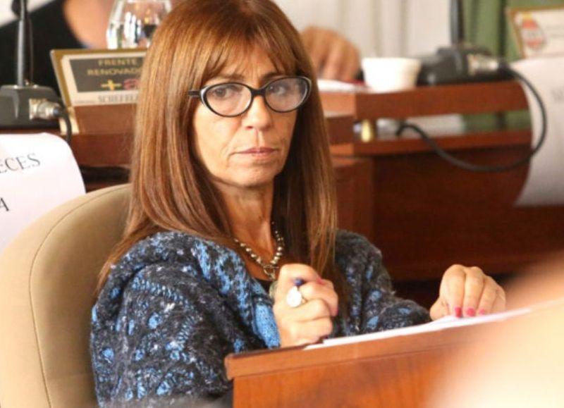 Escándalo en Ensenada: la concejal de Cambiemos Fernanda Iveli maltrató a  una trabajadora municipal