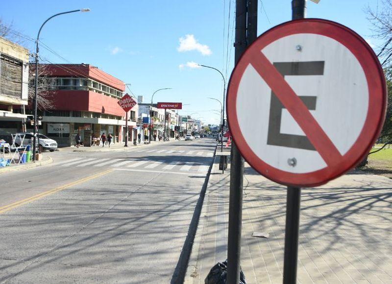 La Secretaría de Gobierno de la Municipalidad de Berisso, a través de la Coordinación de Seguridad Vial, informa que próximamente comenzará con la aplicación de multas efectivas a todos aquellos automovilistas que estacionen sobre Avenida Montevideo en su tramo entre las calles 4 y 40.