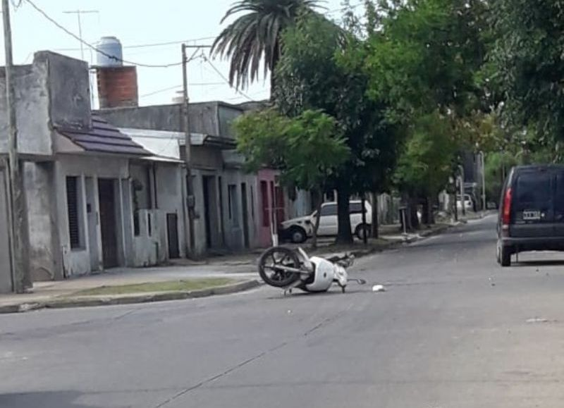 Una moto involucrada.