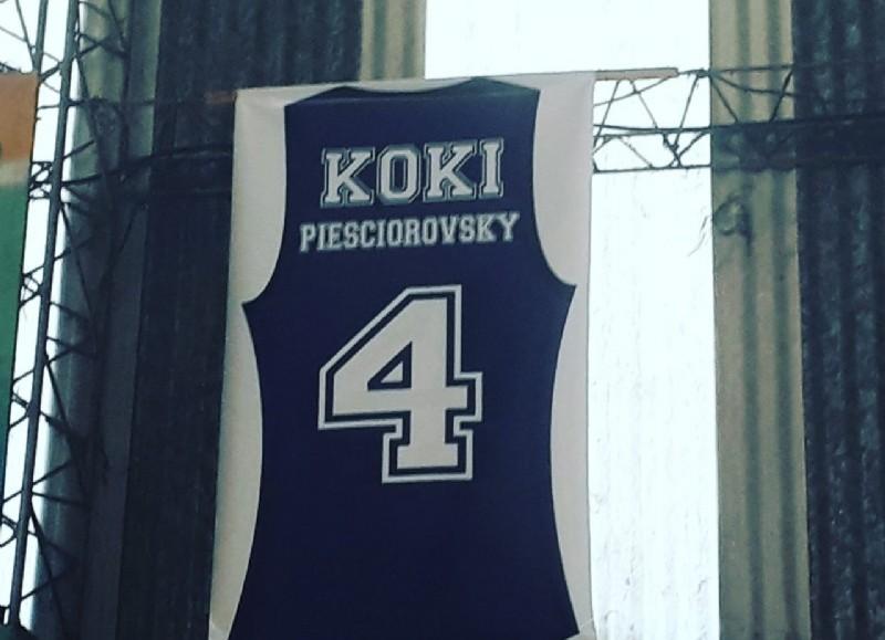 Homenaje a Koki.