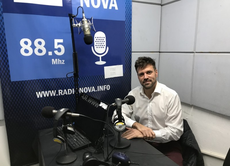 El coordinador de Colectividades y Políticas Migratorias, en el aire de BerissoCiudad en Radio.
