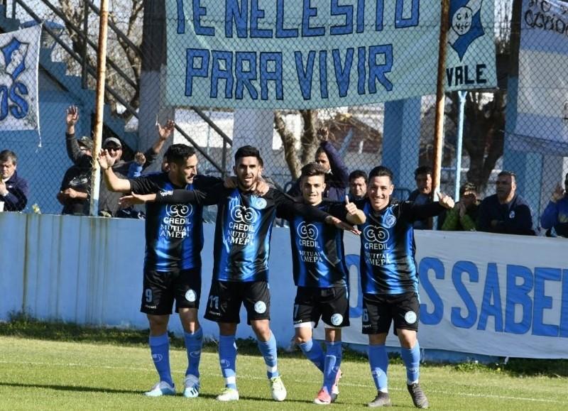 Fue 2-0 ante Argentino de Quilmes (foto: Analía García).