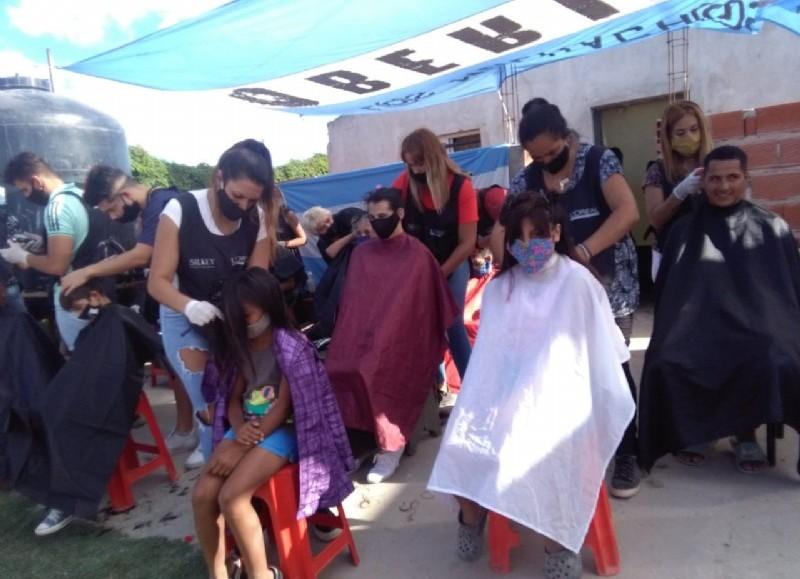 Motorizado por la Fundación Argentina de Barberos Solidarios.