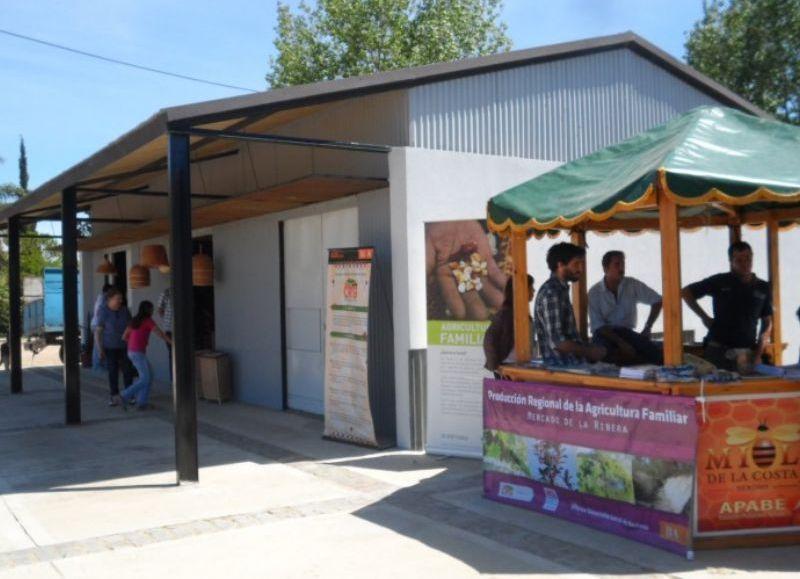 La Secretaría de Producción de la Municipalidad de Berisso, informó a la comunidad que este domingo 10 de junio de 10:00 a 19:00 horas abrirá sus puertas el Mercado de la Ribera, ubicado en calle 170 entre 8 y 9 detrás de la Pista de Atletismo