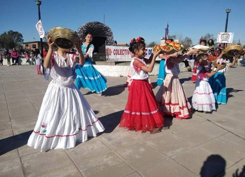 Jornada de celebración en la Plaza San Cayetano.