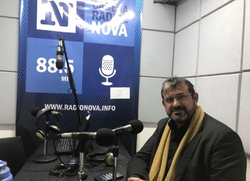 Carlos Lozano, en el aire de BerissoCiudad en Radio.
