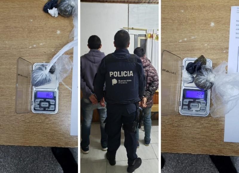 La aprehensión se produjo en calle 122, entre 61 y 62, cuando el personal policial halló en poder de los individuos 36,7 gramos de marihuana.