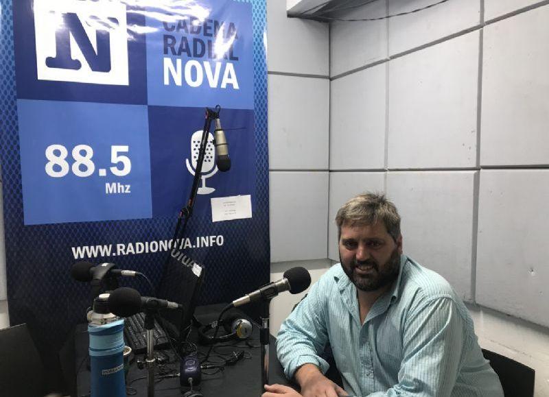 Gabriel Kondratzky, en el aire de BerissoCiudad en Radio.