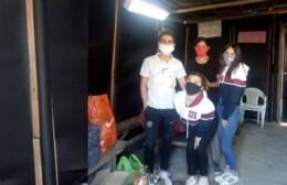 Alumnos de 6° del Basiliano entregaron donaciones a comedores y van por más