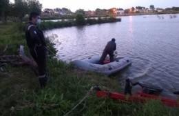 Hallaron el cuerpo del kayakista perdido en la cantera de Berisso