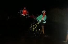 """Ciclistas varados: """"A las 17 dimos alarma y a las 22 salimos del lugar"""""""
