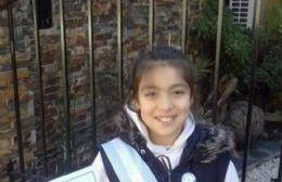 Una niña que pasó por varias escuelas en cuestión de minutos.