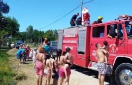 El recorrido de los bomberos junto a Papá Noel