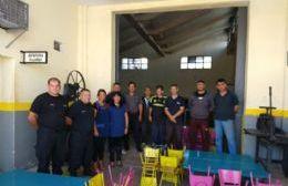 Internos del Penal 9 de La Plata restauraron mobiliario para el colegio María Reina