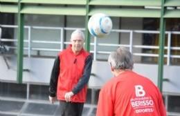 Juegos Bonaerenses: Una de cal y una de arena en el fútbol-tenis berissense