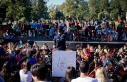 """Juan Carlos Herrero: La Orquesta Escuela """"es una verdadera revolución del pueblo sudamericano"""""""