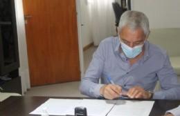 Cagliardi agarró la lapicera: Rumores y certezas en torno a movimientos en el Ejecutivo