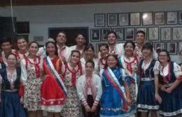 Exitosa velada eslovaca, a puro baile y tradición