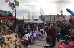 Artesanos, manualistas y microemprendedores celebran el Día del Niño en el Parque Cívico